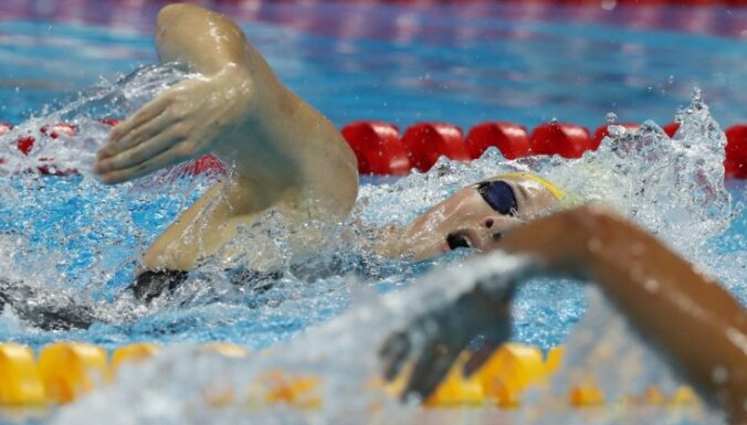 Дочь пятиборки Рублевской бьет рекорды Латвии в плавании
