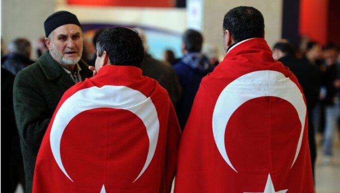 Суд обязал неграмотную турчанку выучить немецкий