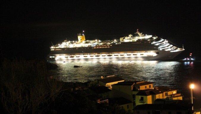 На затонувшей Costa Concordia нашли еще пять тел