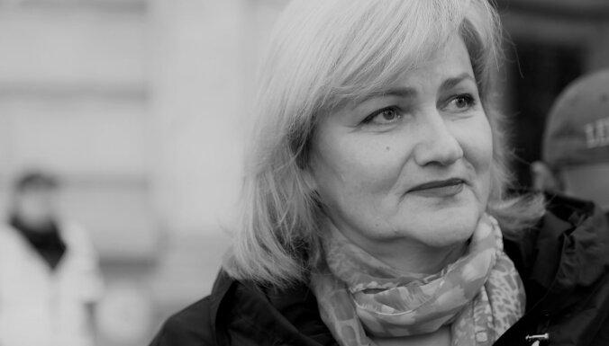Mūžībā devusies Saeimas deputāte Inese Ikstena