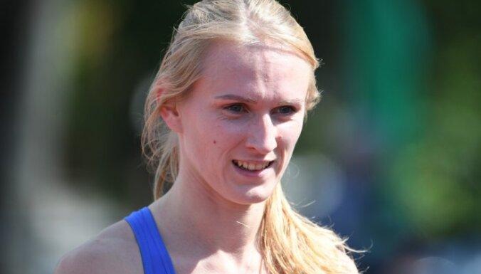 Latiševa-Čudare ar vēl vienu personīgo rekordu izcīna sudrabu Universiādes 200 metru skrējienā