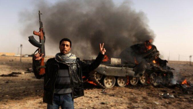 Ливийские повстанцы отпустили журналистов из России
