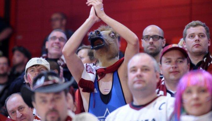 В Беларусь отправились 7000 латвийских болельщиков