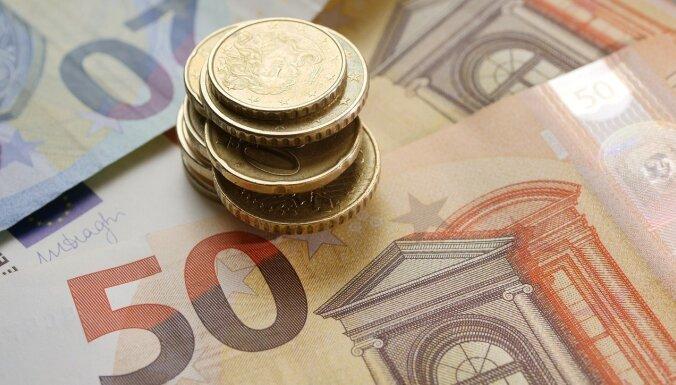 Uzziņa: Kādas nodokļu izmaiņas stājas spēkā 1. jūlijā?