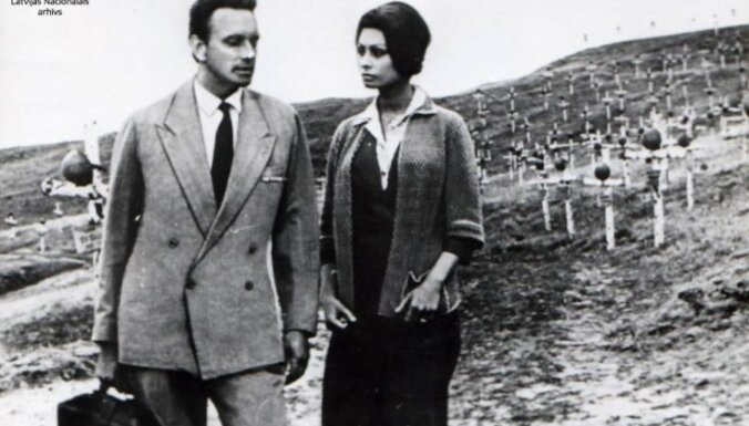 Vēsturiski foto: Aktierim un režisoram Gunāram Cilinskim – 85