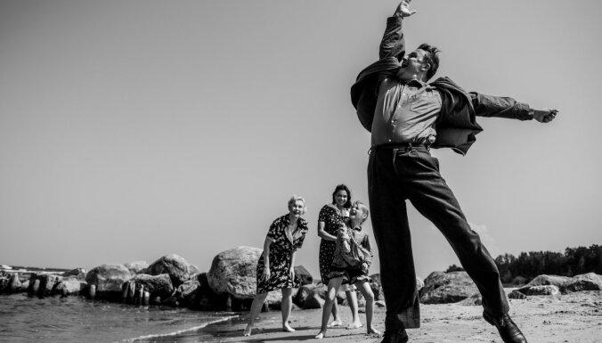 Foto: Ināra Slucka Nacionālajā teātrī iestudē Aivara Freimaņa 'Katlu'