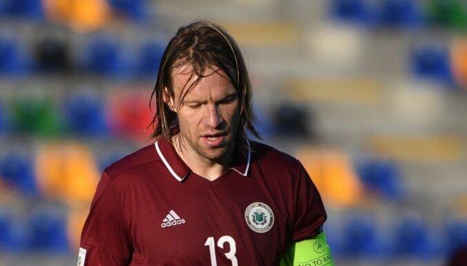 Latvijas futbolisti negūst vārtus un turpina rekordgaro zaudējumu sēriju