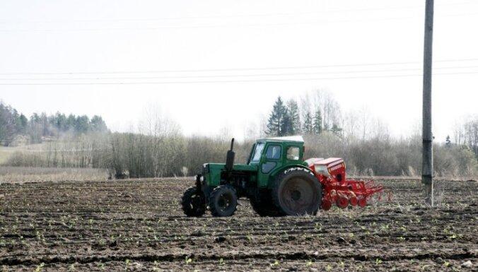 Saeimas deputāti sarunā ar EK priekšsēdētāja vietnieku aizstāv līdzvērtīgus tiešmaksājumus Latvijas zemniekiem