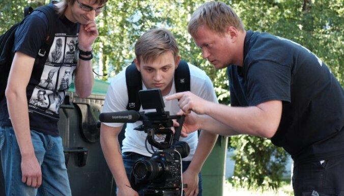 Skolēnus aicina piedalīties bezmaksas meistarklasēs par filmu veidošanu