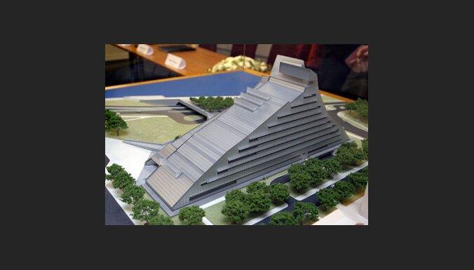 Затраты на Замок света — уже 15,4 млн. Ls