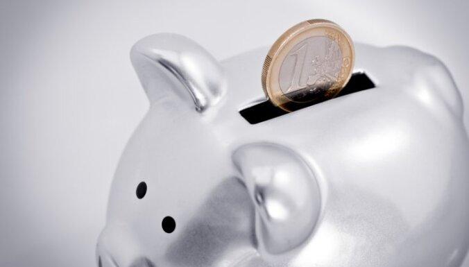В Swedbank и Rigensis bank заметно сократился объем привлеченных вкладов
