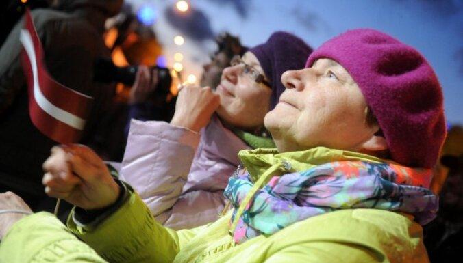 Neatkarības dienas pasākumus Rīgā apmeklē ap 40 000 cilvēku