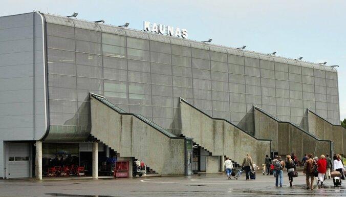Власти Литвы против паники: определен рейс, на котором прилетела заболевшая женщина