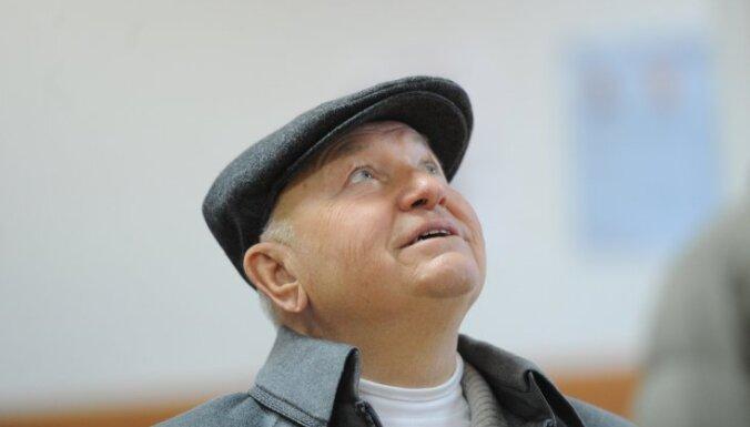 Приезд Лужкова в Тбилиси вызвал ажиотаж и вопросы к МВД Грузии