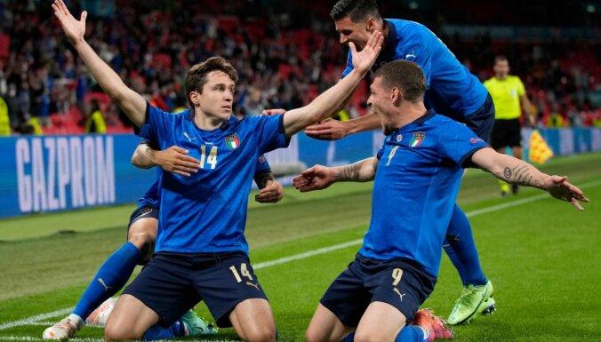 Itālija tikai papildlaikā salauž sīksto Austriju un turpina savu uzvaru sēriju