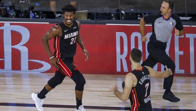 Batlera punktu sērija spēles galotnē nodrošina 'Heat' panākumu pret 'Bucks'