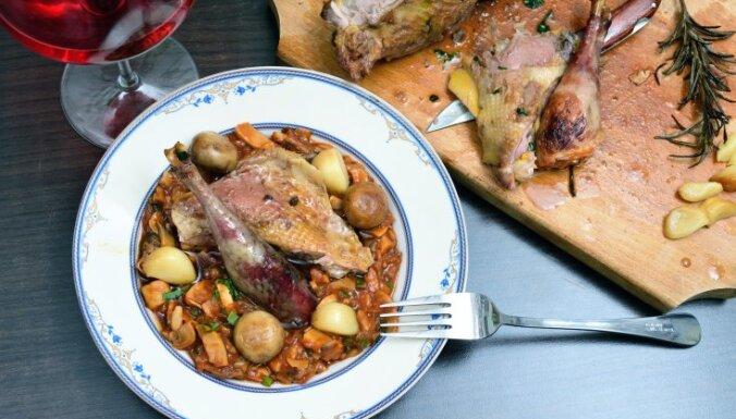 Rudenīgie dārzeņu un gaļas sautējumi: divi duči ideju ikvienai gaumei