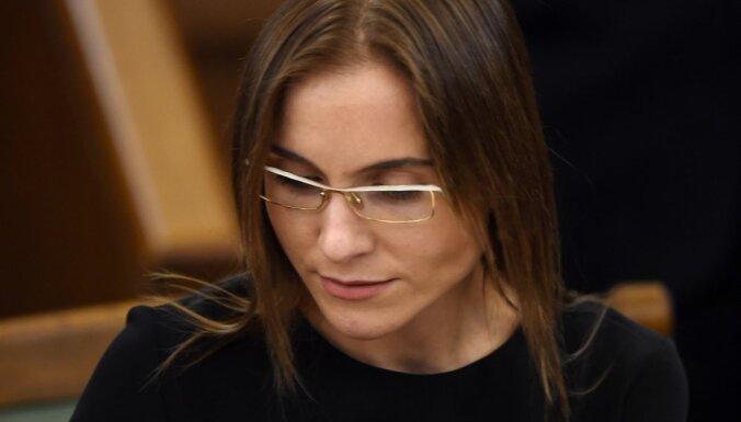 Deputāte Sprūde Polijā sodīta par Šveicē iegādāta 'Rolex' pulksteņa nedeklarēšanu