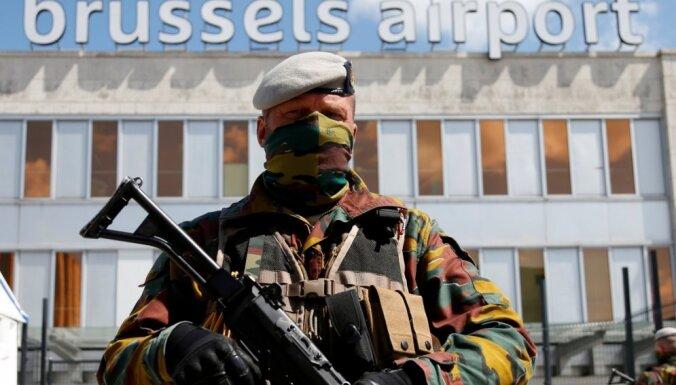 Beļģijas karavīru patrulēšana pilsētās negatīvi ietekmē kaujas gatavību