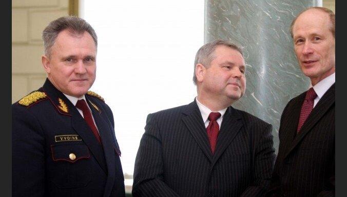 Экс-глава Госполиции генерал Лиелюксис стал адвокатом