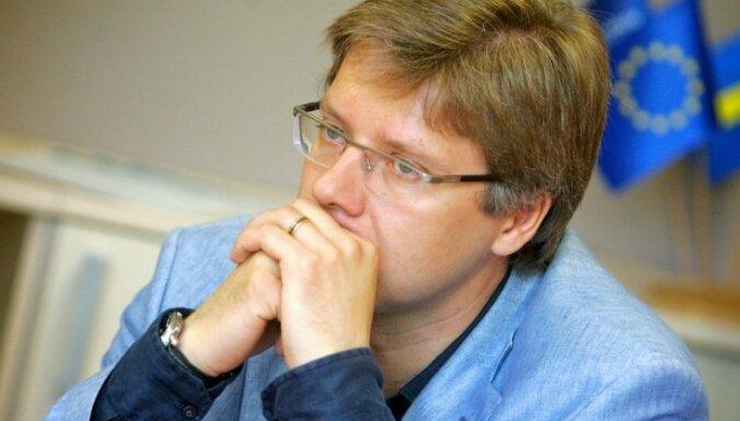 Ушаков: повышение пенсионного возраста ударит по самоуправлениям