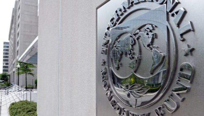 МВФ отложил решение о выделении миллиардного транша Украине