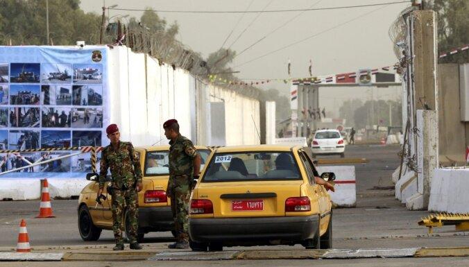 В результате взрывов в Багдаде погибли около 30 человек
