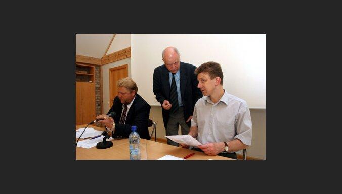 ТБ: глава ПАСЕ не знает истории Латвии