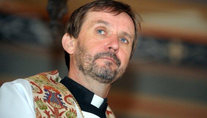 Arhibīskaps Vanags: mediķiem nedrīkst uzlikt pienākumu nonāvēt cilvēkus