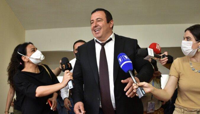 Armēnijas parlaments atņem deputāta imunitāti opozīcijas līderim