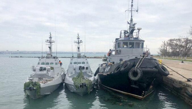 Глава Крыма назвал число задержанных украинских моряков, Лавров заявил о провокации
