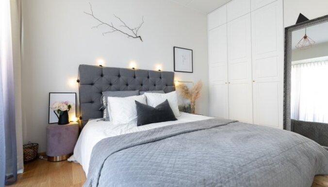 Foto: Mūsdienīgs dzīvoklis Tallinā, kurā ir oriģināla gulta no koka paletēm