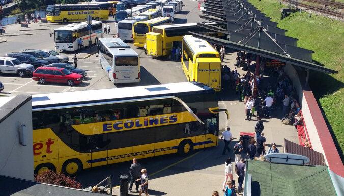 Автобусный перевозчик Ecolines возобновит рейсы из Риги в Таллин и Вильнюс