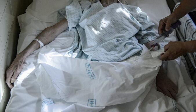 В Саулкрасткой больнице и доме социального ухода продолжается вспышка Covid-19