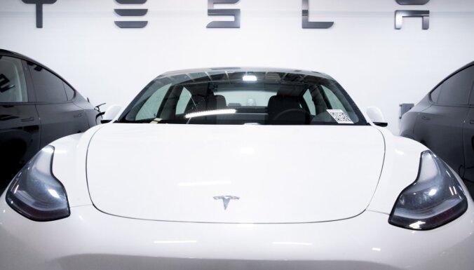 Акции Tesla взлетели почти на 8% из-за рекордных поставок электромобилей