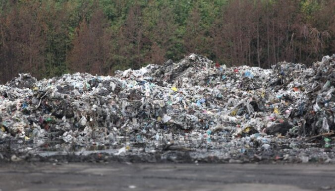 Zviedrijas ministre atvainojas par Latvijā nonākušajiem nelegālajiem atkritumiem