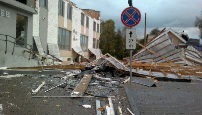 Fotoreportāža: Lietuvā pēdējo gadu postošākās vētras nedarbi