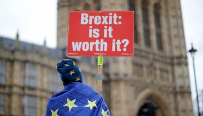 Valdība varētu nepieprasīt trešo parlamenta balsojumu par 'Brexit' vienošanos