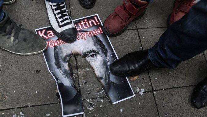 40% жителей Латвии считает, что власти страны слишком враждебны к России