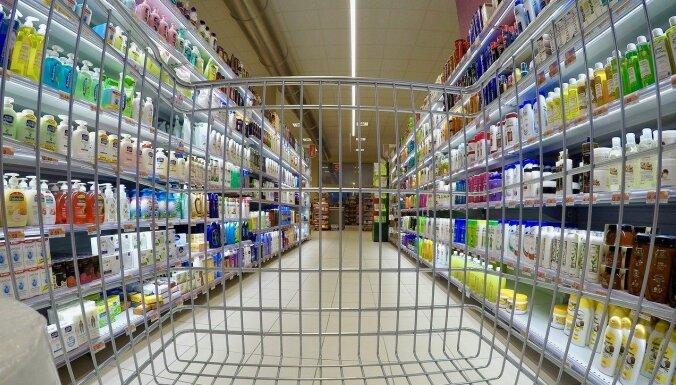 Pirkumu ierobežojumi veikalos ir ieilguši, secina krīzes vadības pārstāvis