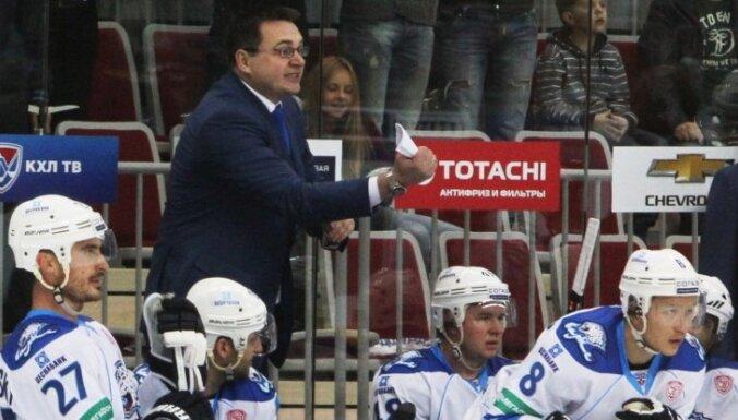 Тренер Назаров попросился на общественные работы