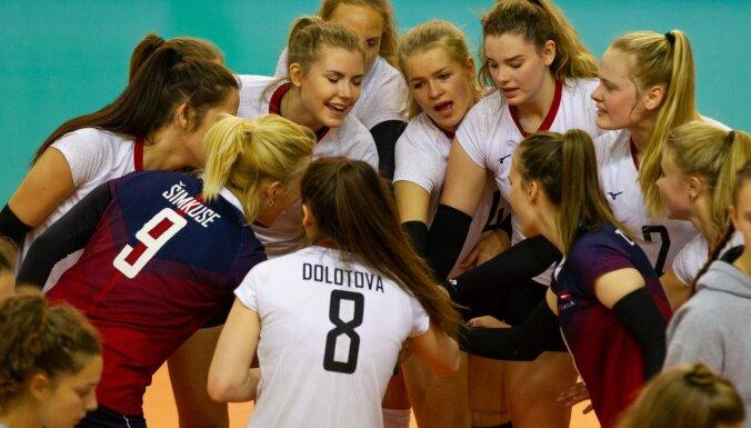 Latvijas sieviešu volejbola izlases kandidātu sarakstā iekļautas 28 spēlētājas