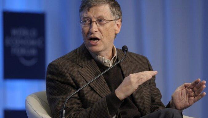 'Bloomberg': Geitss atkal kļuvis par pasaules bagātāko cilvēku