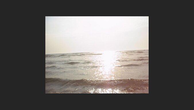 Visās Jūrmalas peldvietās var peldēties
