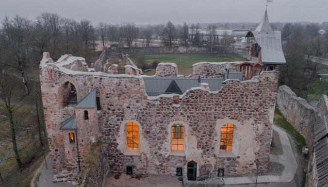 Dobeles pils kapelā pabeigti vērienīgie pārbūves darbi