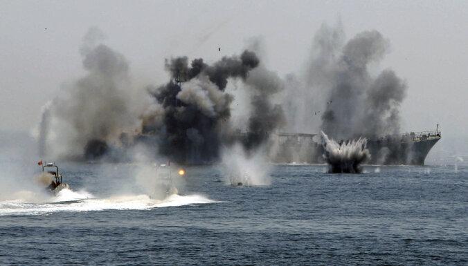 Военные корабли в Ормузском проливе: кто — за, а кто — против?