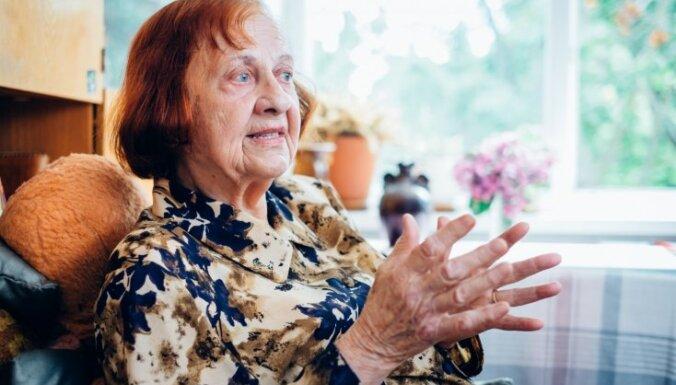 Mirusi recepšu grāmatu autore Antoņina Masiļūne