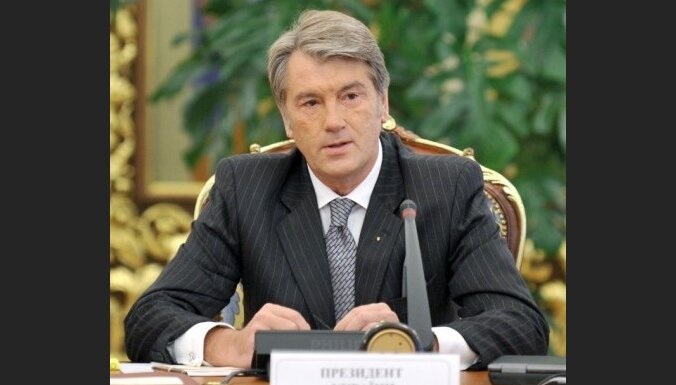 Ющенко подсказал России возможность исторического спасения