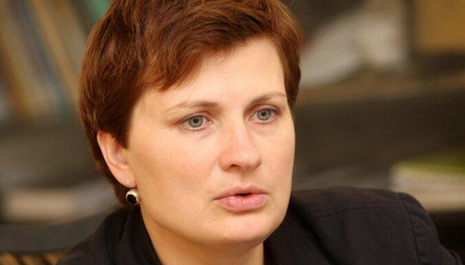 Viņķele: Latvija unikāla ar to, ka daudzi strādājošie pakļauti nabadzības riskam
