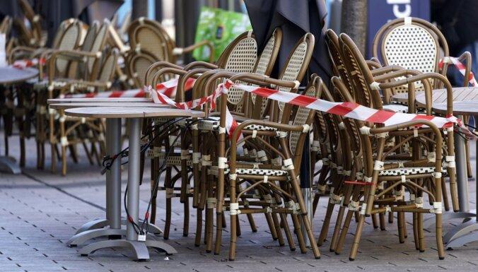Vācijā 50% iedzīvotāju noskaņoti pret Covid-19 dēļ ieviesto ierobežojumu atvieglošanu, liecina aptauja